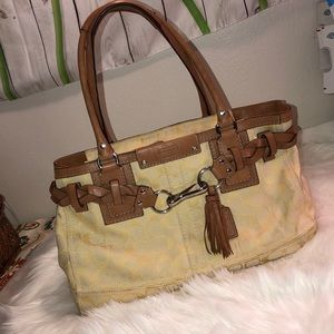 Coach Signature pale yellow Good Condition